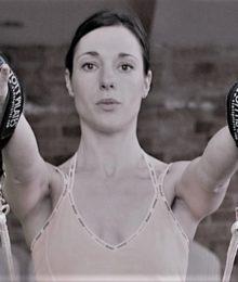 Slovenija, Ljubljana, 06.05. 2004, 06.maj, 2004 - Jeannine Trudeau - trenerka na novem vadbenem sistemu Pilates. foto: Bla¾ Samec